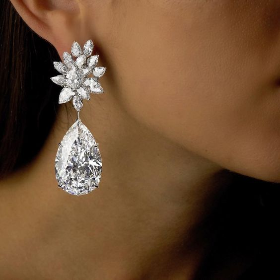 Boehmer Et Bassenge Earrings