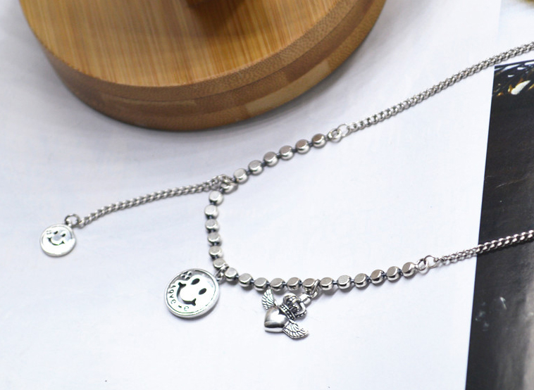 Hypoallergenic necklace