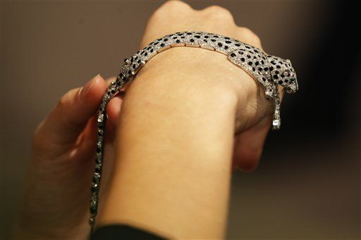 Wallis Sympson Onyx and Diamond Panther Bracelet